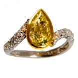 18k_two_tone_fancy_yellow_pear_diamond_twist_ring_1